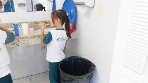 2.º ano - higienizando os dentes (2)